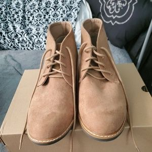 Men's chucka ankle boots